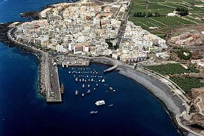 Playa san juan en gu a de isora tenerife apartamentos y casas de vacaciones - Apartamentos en playa san juan tenerife ...
