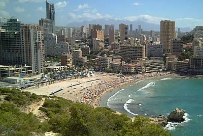 Playa finestrat en finestrat alicante apartamentos y casas de vacaciones - Casas de vacaciones en alicante ...
