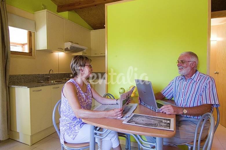 Appartement pour 5 personnes barcelone urbanitzacio for Appart hotel 5 personnes barcelone