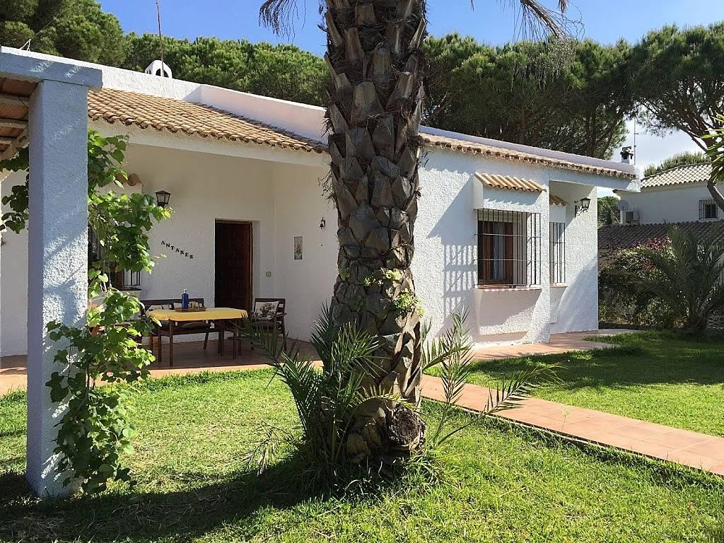 Apartamento en alquiler en la barrosa sancti petri la for Modelo de casa quinta en paraguay