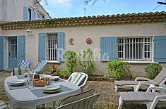 Apartment for rent in Estezargues Gard