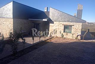 Wonderful house for 10-16 pax 1 hour from Madrid Guadalajara