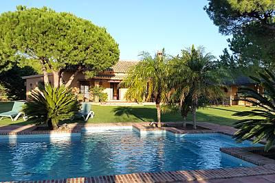 Casa de 3 habitaciones a 1500 m de la playa Cádiz