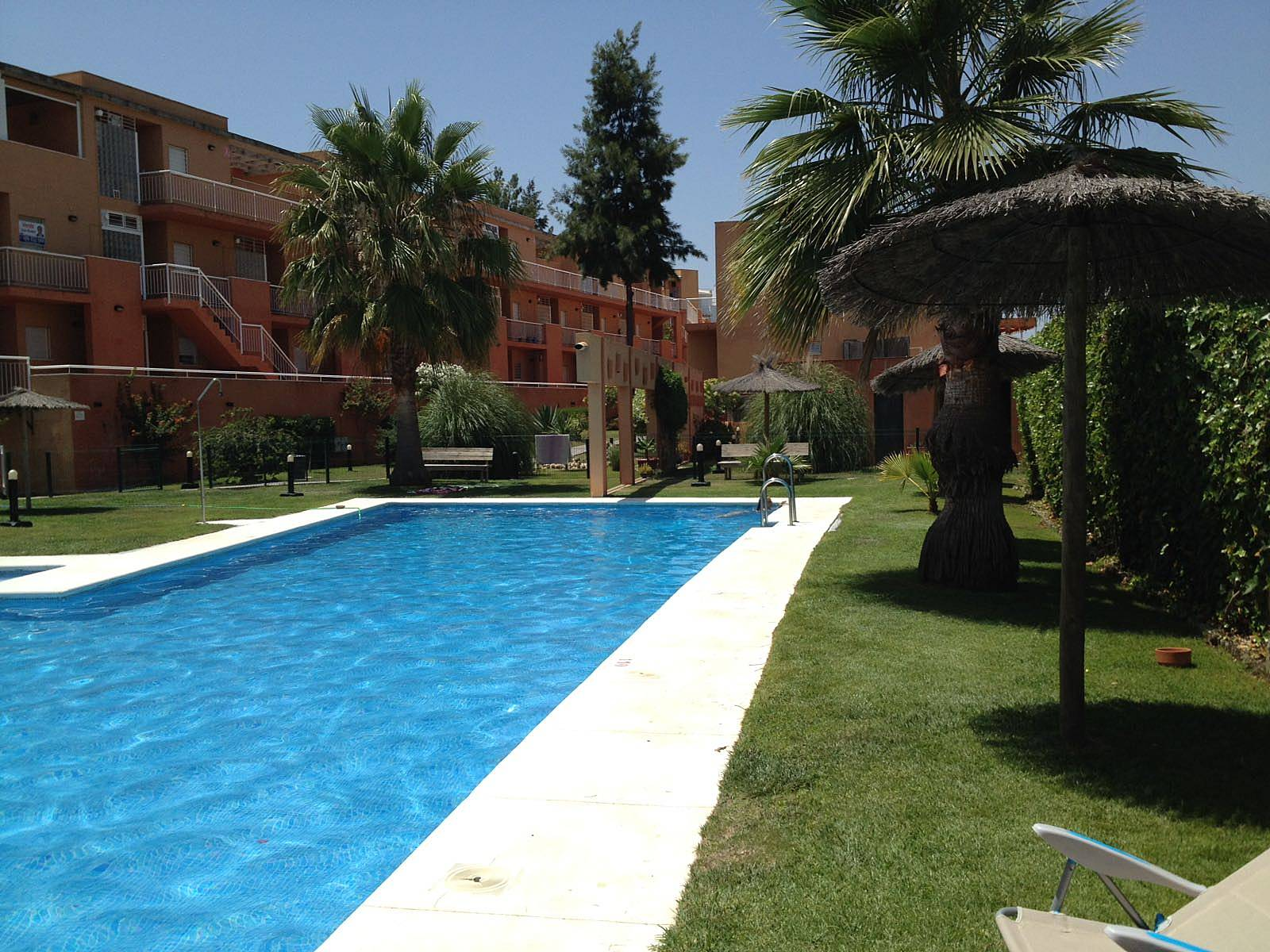 Apartamento para 4 personas a 900 m de la playa - Rentalia islantilla ...