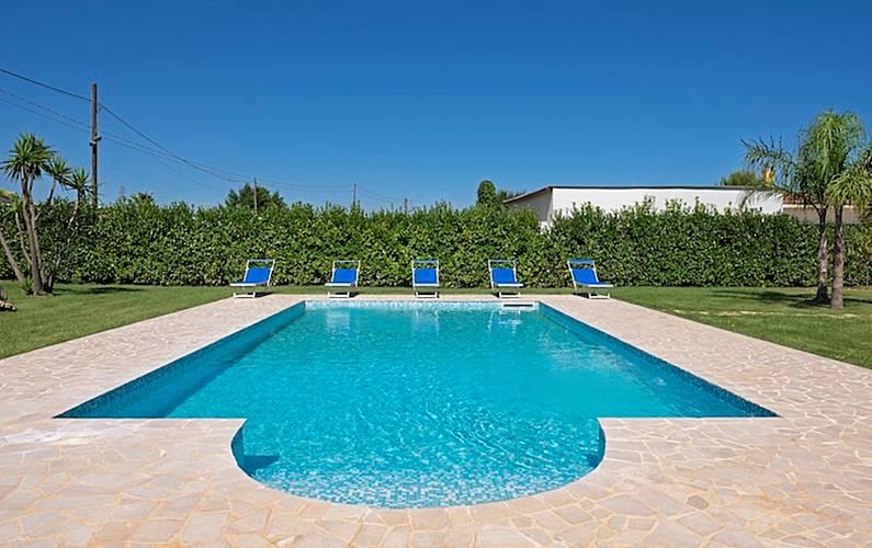 Ville piscina puglia servizio spiaggia incluso san vito dei normanni brindisi - Villa dei sogni piscina ...