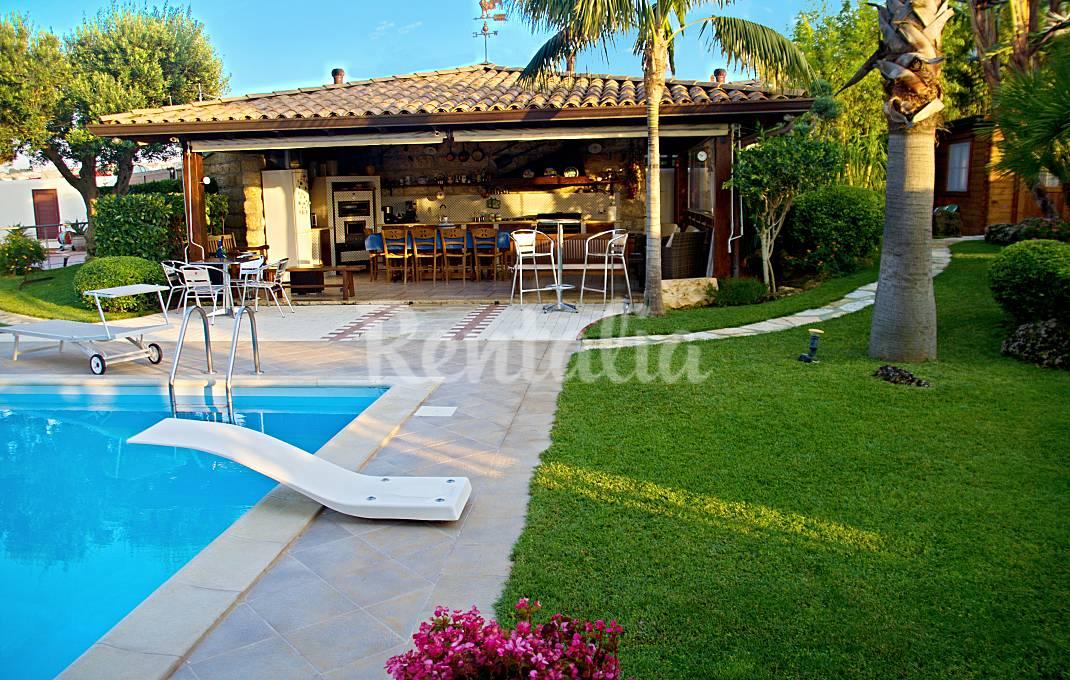 Case vacanze con giardino e barbecue idealista news - Giardino con piscina esterna ...