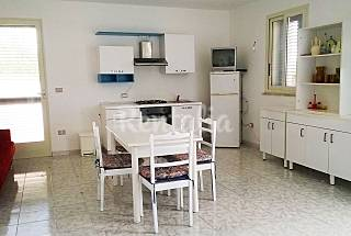 Villa for 4-8 people at 600 m to beach Lecce