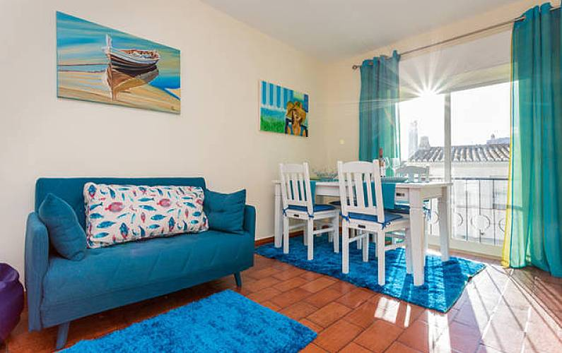 Apartment for rent only 50 meters from the beach Algarve-Faro - Living-room