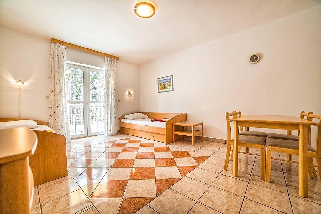 Wohnung zur miete in kvarner jadranovo crikvenica for Suche wohnung zur miete
