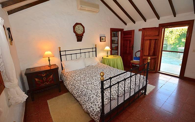 4 Bedroom Gran Canaria San Bartolomé de Tirajana Cottage - Bedroom