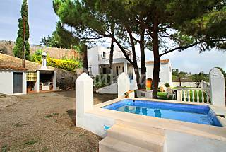 Villa is a special house, 80 meters from the beach Tarragona