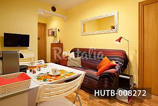 Economic apartment in Sagrada familia Barcelona