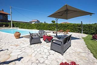 Villa de 3 habitaciones con jardín privado Chieti
