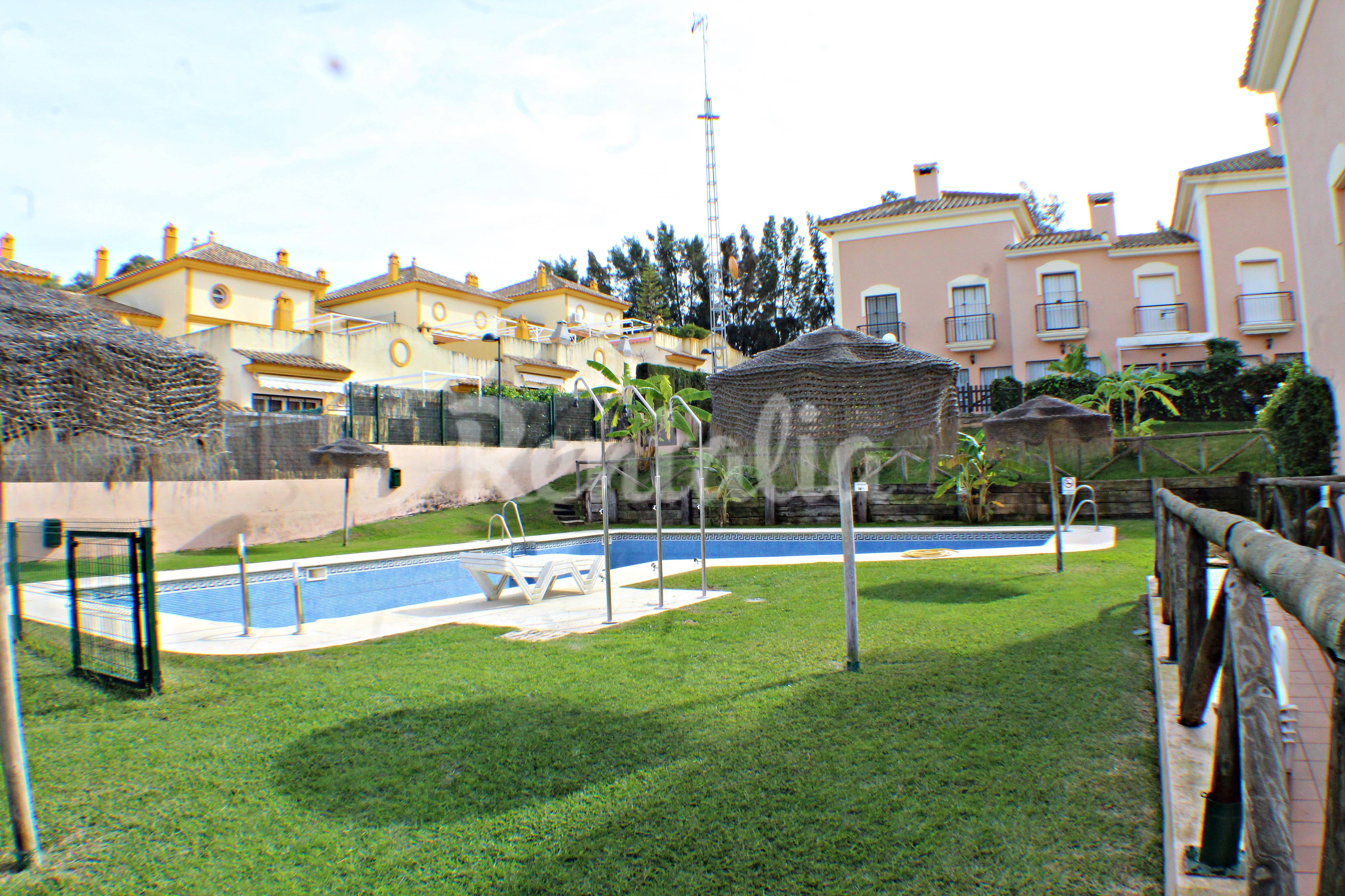 House for 4 6 people only 800 meters from the beach - Rentalia islantilla ...
