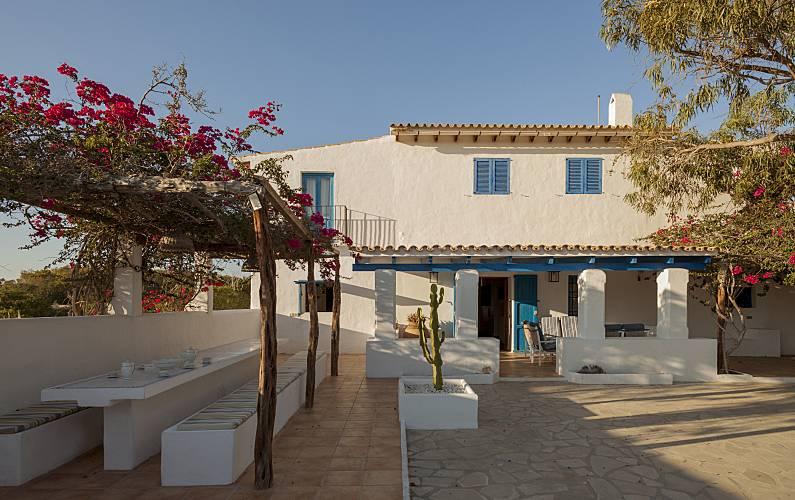 Badkamer Op Formentera : Huis met 5 slaapkamers op 500 meter van het strand es calo