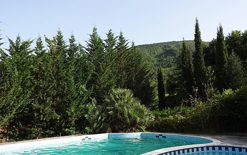 Casa de campo con piscina fermignano pesaro y urbino for Piscina urbino