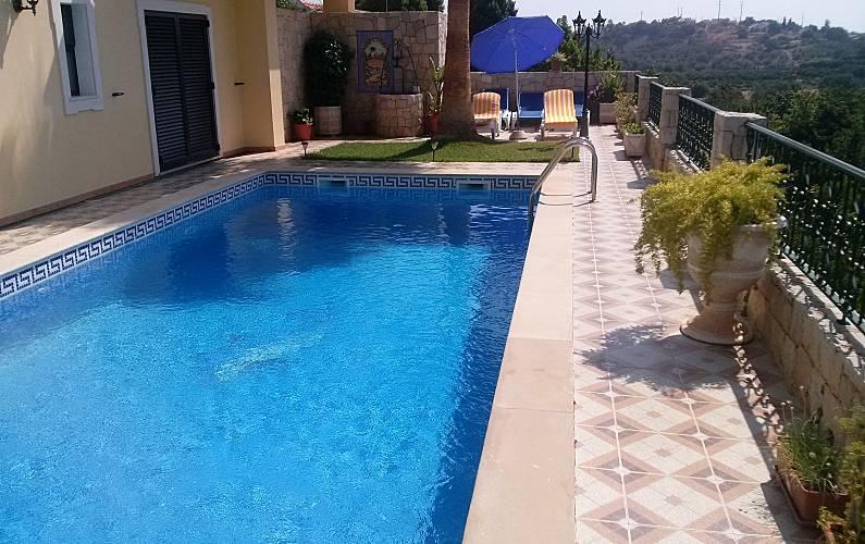 Vivenda com 3 quartos a 8 km da praia Algarve-Faro - Piscina