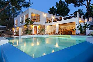 Villa for rent only 250 meters from the beach Ibiza