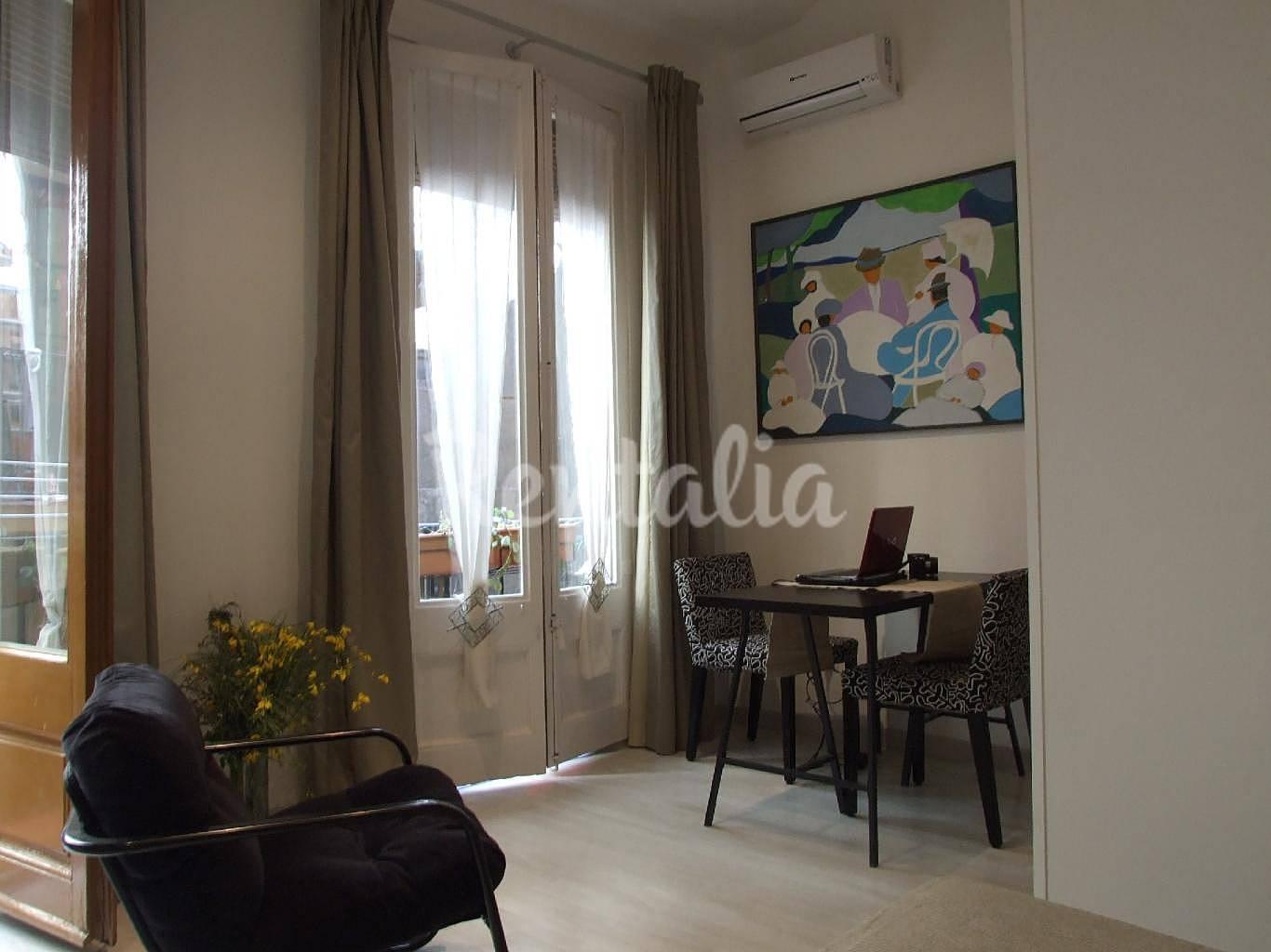 Apartamento de 1 habitaci n en barcelona centro for Habitacion barcelona