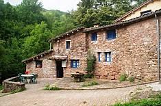 Apartment for 8 people in La Fajula Girona