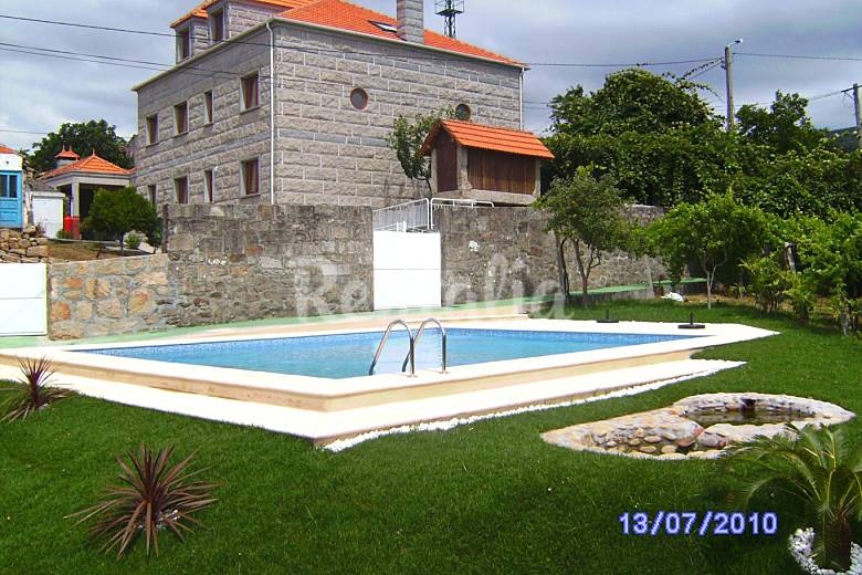 Casa das cortes vila melga o viana do castelo parque nacional peneda ger s - Piscinas melgaco ...