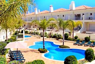 Villa with 3 bedrooms w/Pool 12 min from the beach Algarve-Faro