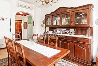 House with 5 bedrooms 2 km from the beach Algarve-Faro