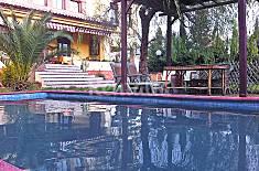 Villa for 10 people with swimming pool Granada