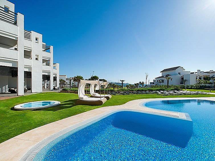 Apartamento en alquiler con piscina bahia dorada estepona m laga costa del sol - Alquiler apartamentos en estepona ...