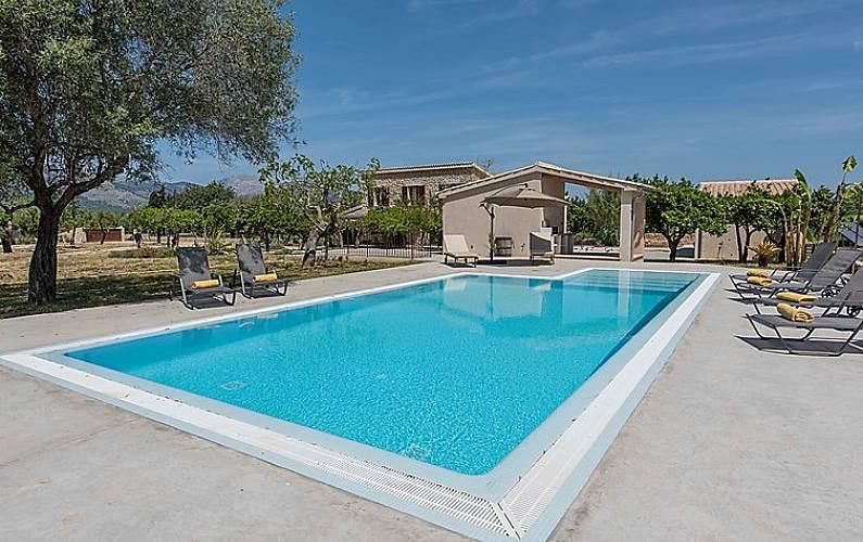 Villa pour 8 personnes avec piscine selva majorque - Piscine pour personne handicapee ...