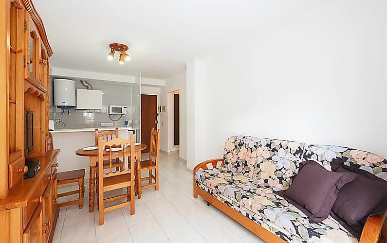 Apartamento en alquiler a 300 m de la playa mas oliva roses girona gerona costa brava - Alquiler de apartamentos en oliva playa ...