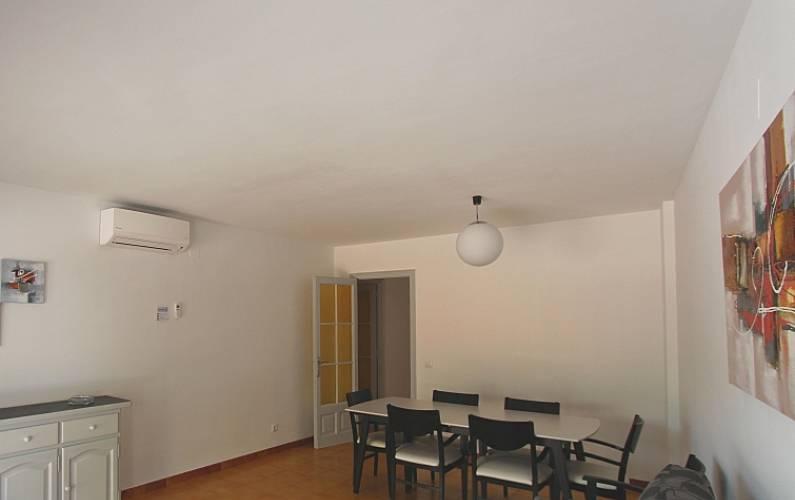 Appartamento per 8 persone a palafrugell palafrugell for Appartamento amsterdam 8 persone