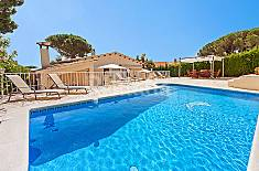 Villa for 6 people 5 km from the beach Girona