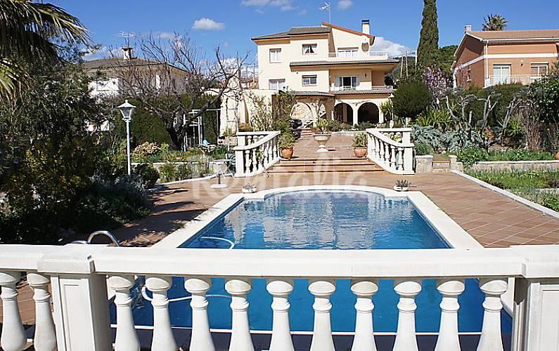 Villa en alquiler con piscina el papagai sant jaume dels domenys tarragona costa dorada - Camping con piscina climatizada en tarragona ...