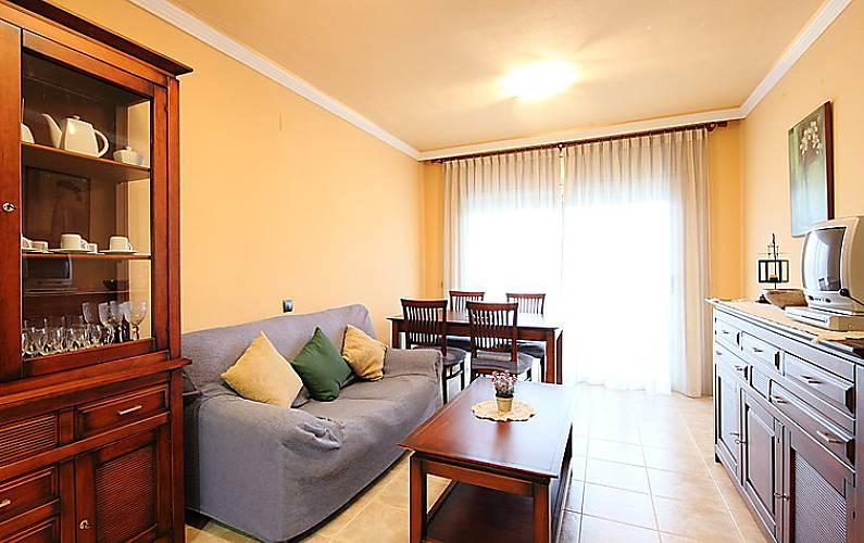 Apartamento en alquiler a 300 m de la playa sant carles de la rapita tarragona costa dorada - Apartamentos golden beach sant carles de la rapita ...