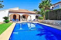 Villa en alquiler a 3.4 km de la playa Alicante