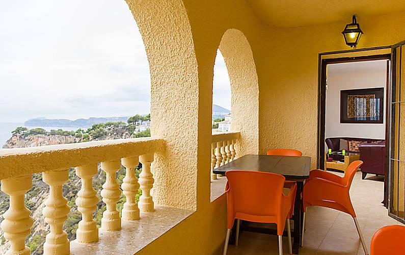 Villa in affitto a 500 m dalla spiaggia balcon al mar for Piccoli piani di casa sulla spiaggia su palafitte