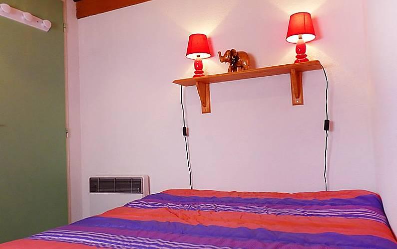Casa per 6 persone a 200 m dalla spiaggia la bernerie en for Semplice casa con 3 camere da letto piani kerala