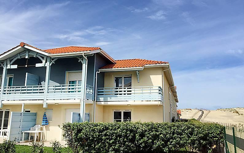Casa in affitto a 150 m dalla spiaggia biscarrosse landes for Piani di casa francese in tudor