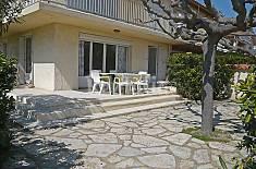Appartement en location à 100 m de la plage Aude