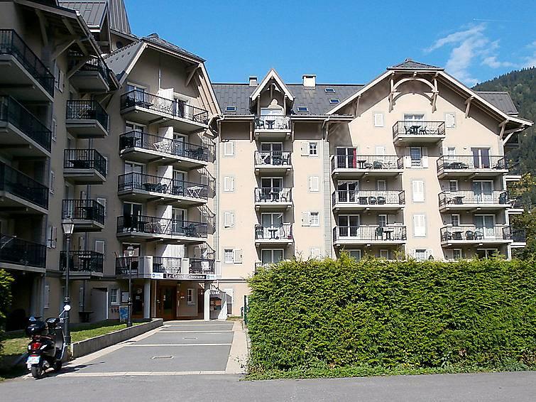 Appartement en location avec piscine domancy haute savoie for Location savoie avec piscine