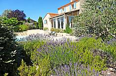 Villa for rent with swimming pool Vaucluse