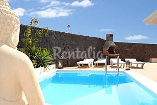 Villa for rent only 300 meters from the beach Lanzarote