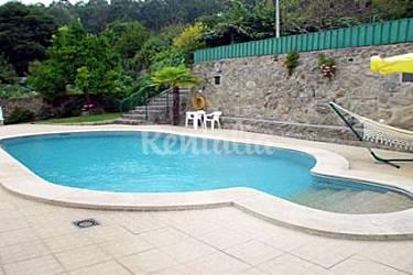 Villa con piscina climatizada a 10 personas parada de for Precio piscina climatizada