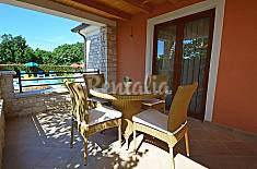 Villa for rent 4 km from the beach Istria