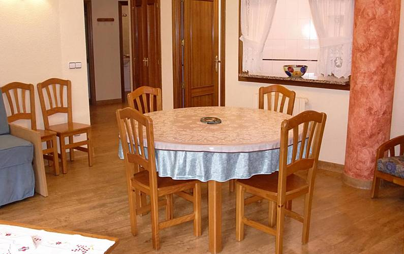 13 Sala de Jantar Ordino Apartamento - Sala de Jantar