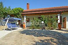 Villa for 4 people 10 km from the beach Istria