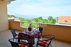 Appartamento per 5 persone a 9 km dalla spiaggia Litoraneo-montana