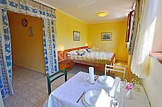 Apartment for 2 people only 350 meters from the beach Primorje-Gorski Kotar
