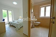 Apartamento para 5 personas a 70 m de la playa Primorje-Gorski Kotar
